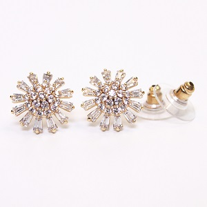 Blooming Of Sun Flower Gold Earrings