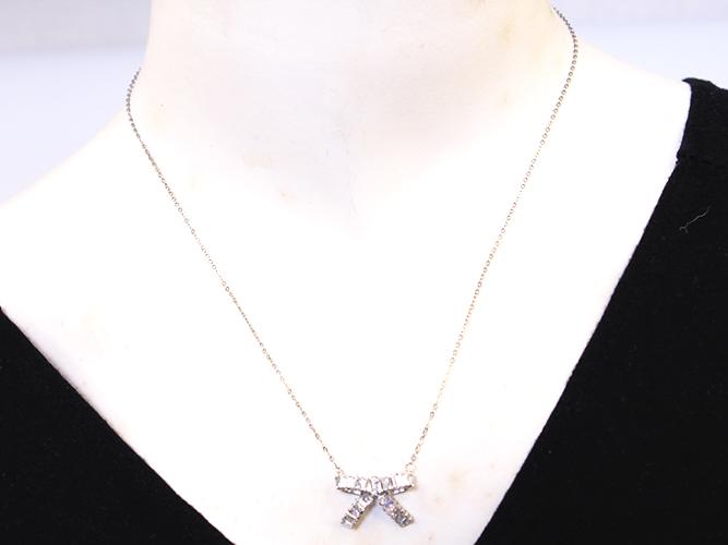 Silver Ribben Necklaces