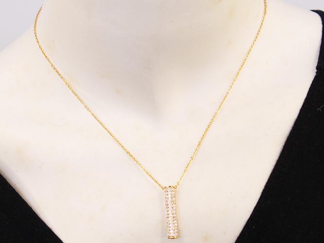 Minimalist Gold Necklaces